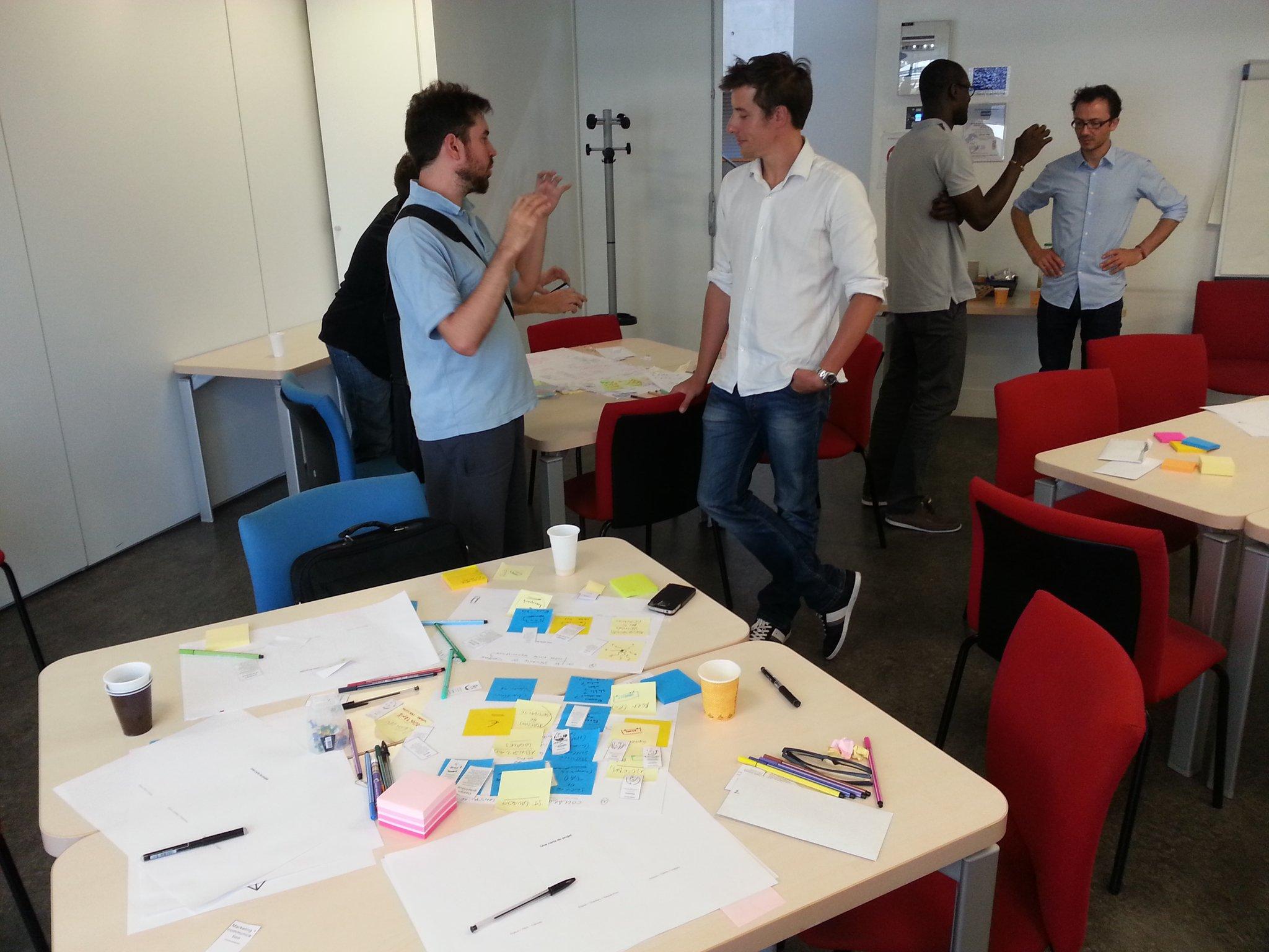 Pilag - DesignLab 4 discussion entre les personne